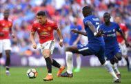 Mourinho bị chỉ trích vì ưu ái Sanchez