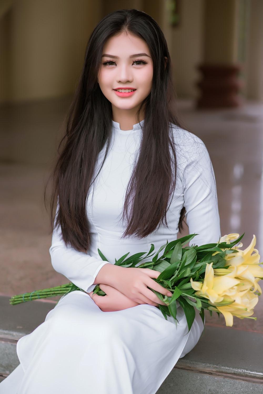 dang-nguyen-phuong-nghi-khoe-net-dep-tuoi-tre-tuoi-thanh-xaun (7)