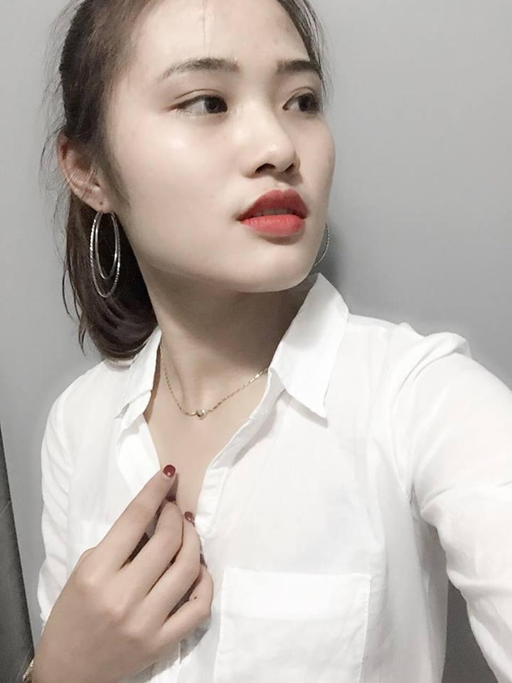 hot-girl-toa-sang-cung-doi-tuyen-nigeria-hong-van-xinh-dep (9)