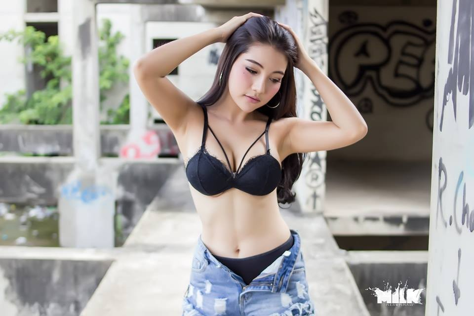 nong-hung-huc-vi-man-khoe-veu-sieu-ngot-cua-Wanapa-Puypuy-Mueninto (5)