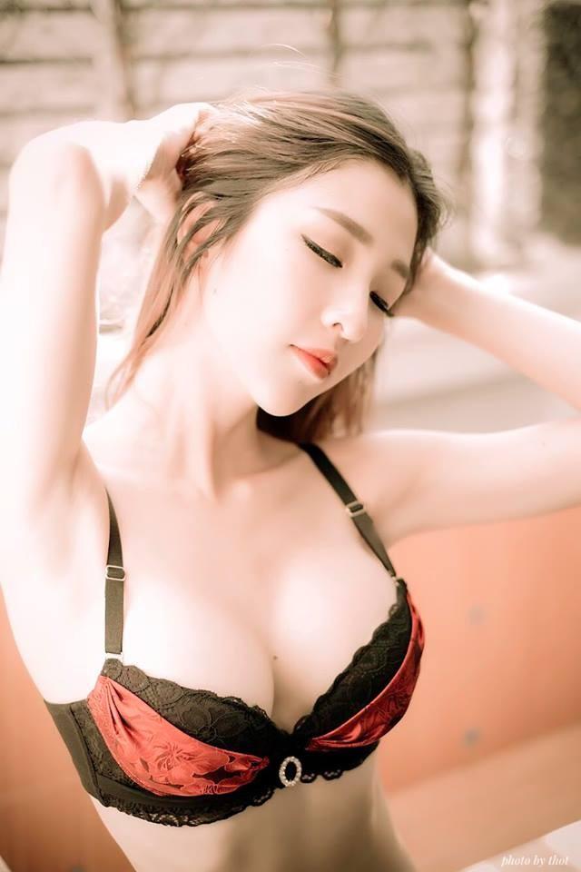 xit-mau-mui-vi-atita-lao-show-hang-khung (3)