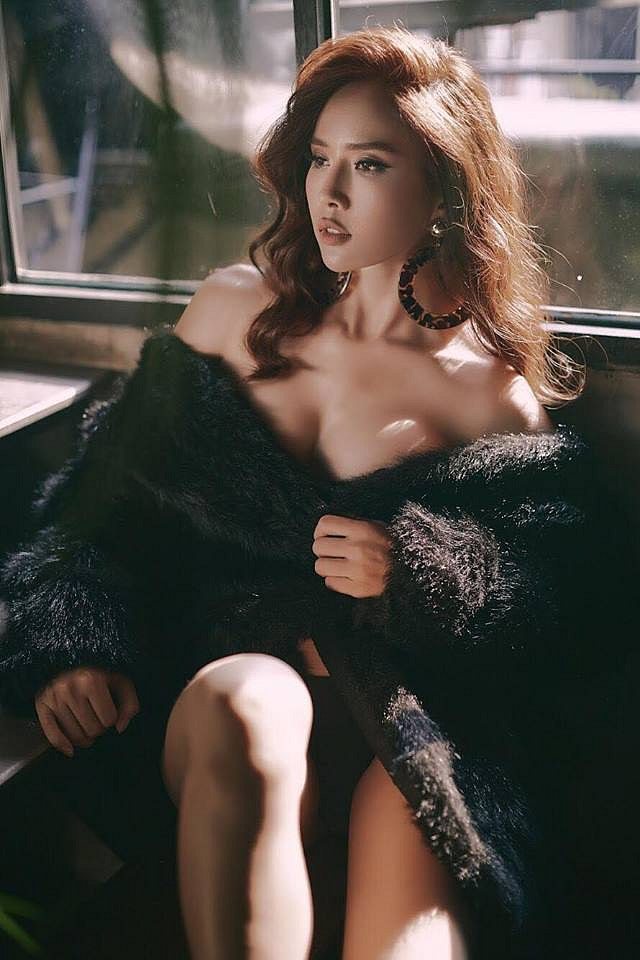 bella-mai-khoe-ve-muot-mat-voi-bikini (3)