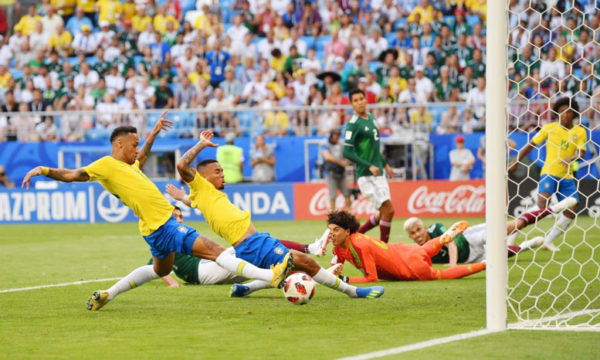 neymar-khien-messi-va-ronaldo-ngo-mat-ve-thanh-tich-ghi-ban-2