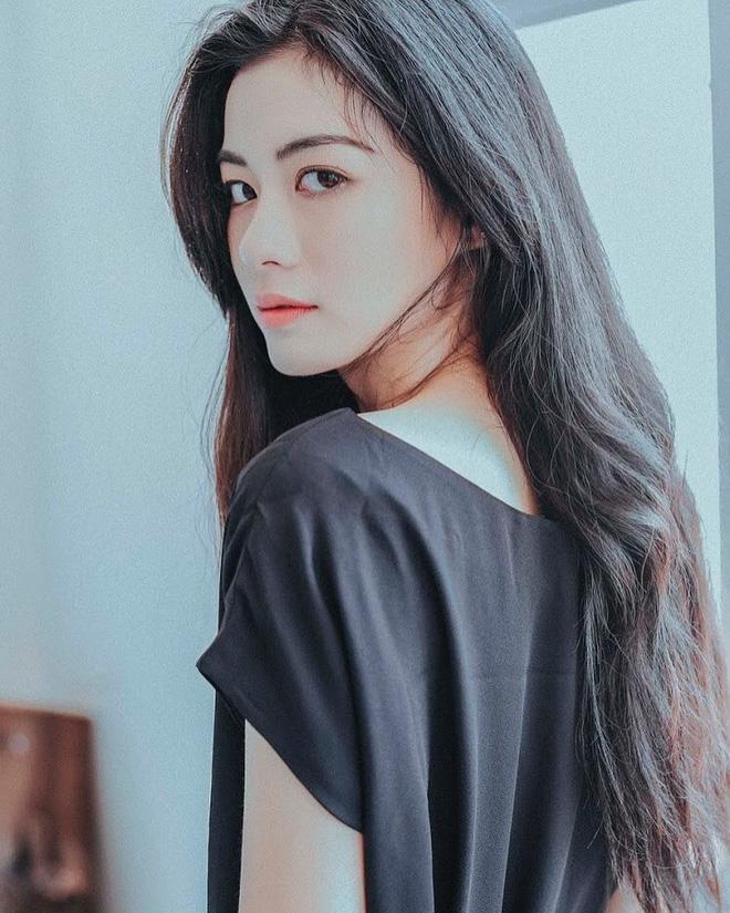lac-loi-vi-guong-mat-thien-than-cua-nang-nguyen-tu-vi (11)