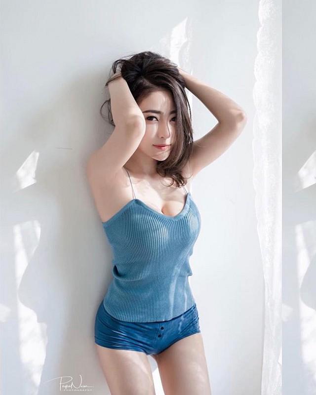 Bowlki-Phasinee-khoe-buoi-mong-don-guc-moi-trai-tim (6)
