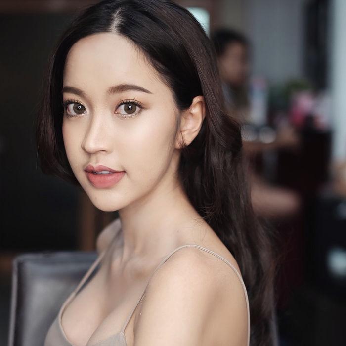 chet-sung-truoc-ve-dep-xinh-nhu-mong-cua-nang-gloy-Pravewan (2)