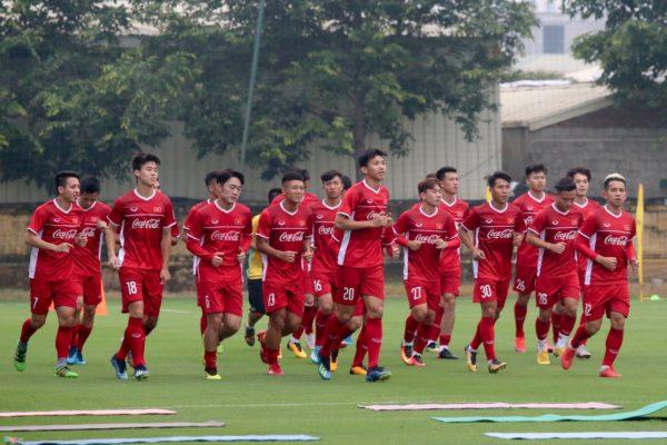 su-lua-chon-o-dtqg-viet-nam-tham-du-aff-cup-2018-1