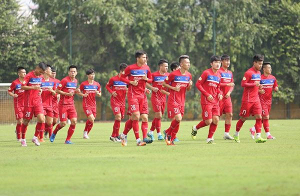 su-lua-chon-o-dtqg-viet-nam-tham-du-aff-cup-2018-2